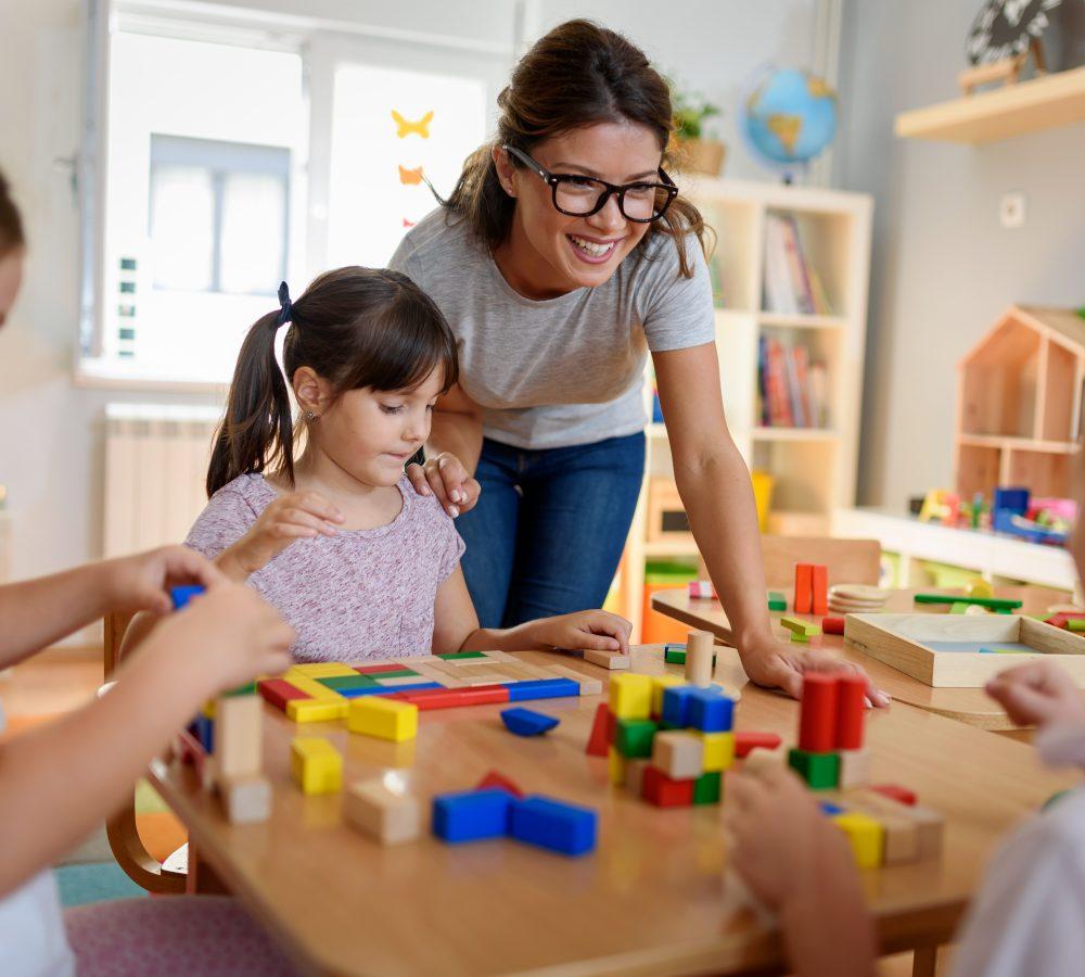 Techniques d'éducation à l'enfance AEC